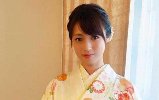 振袖姿の女優・深田恭子