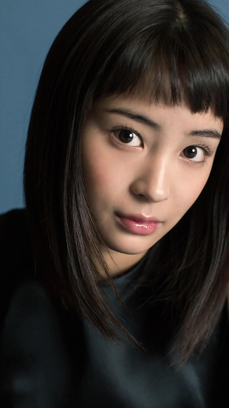 ぱっつん前髪の女優・広瀬すず