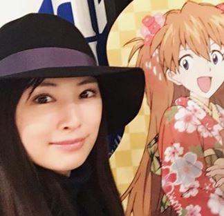 黒のハットを被る女優・北川景子