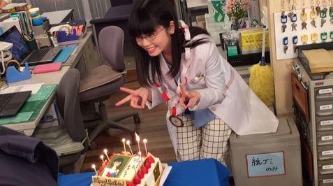 誕生日を祝われる女優・小芝風花