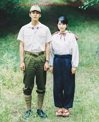 戦時中の男性と女性
