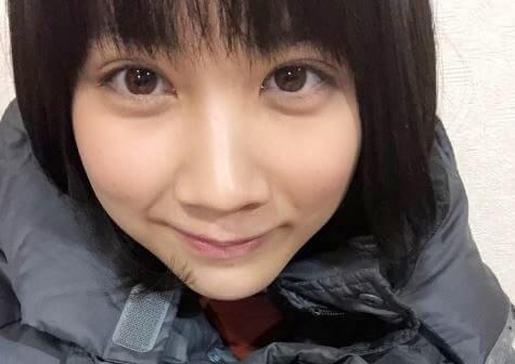 ダウンコートを着る女優・松本穂香