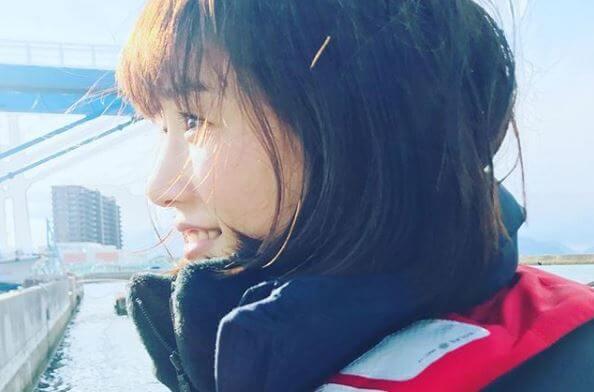 ダウンコートを着ている女優・綾瀬はるか
