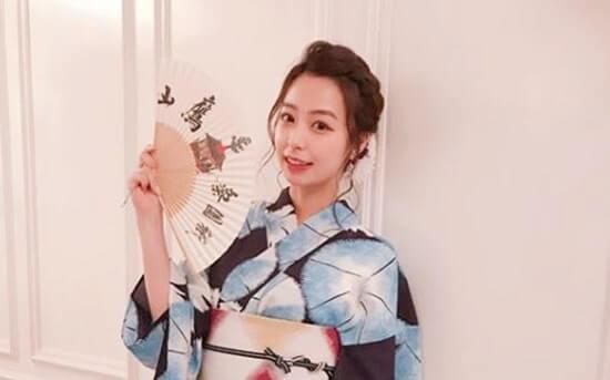 浴衣姿のフリーアナウンサー・宇垣美里